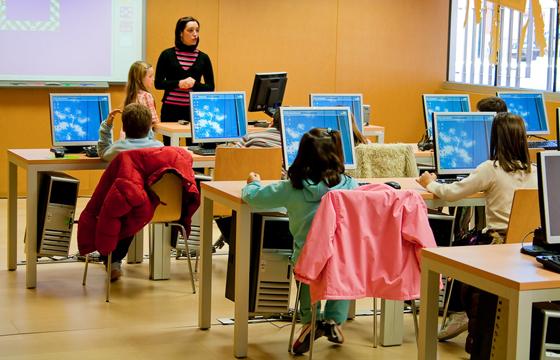 """Experiencia Educativa """"Uso de las TIC como herramienta integradora de los procesos escolares"""""""