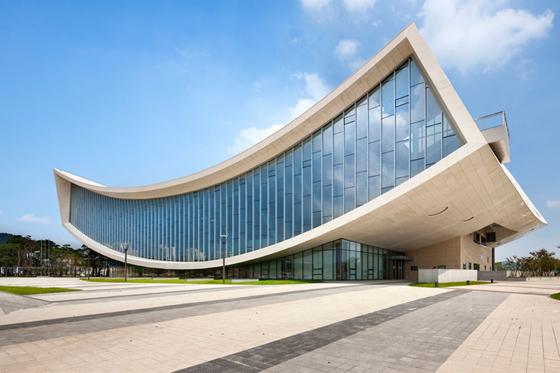 Lectura lab bibliotecas arquitectura diseo designboom for Biblioteca arquitectura